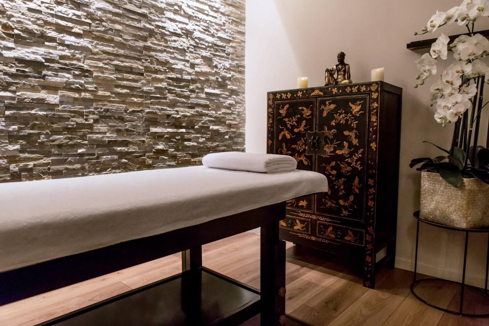 Mon massage a la maison du tui na juste maudinette - Salon de massage paris finition ...