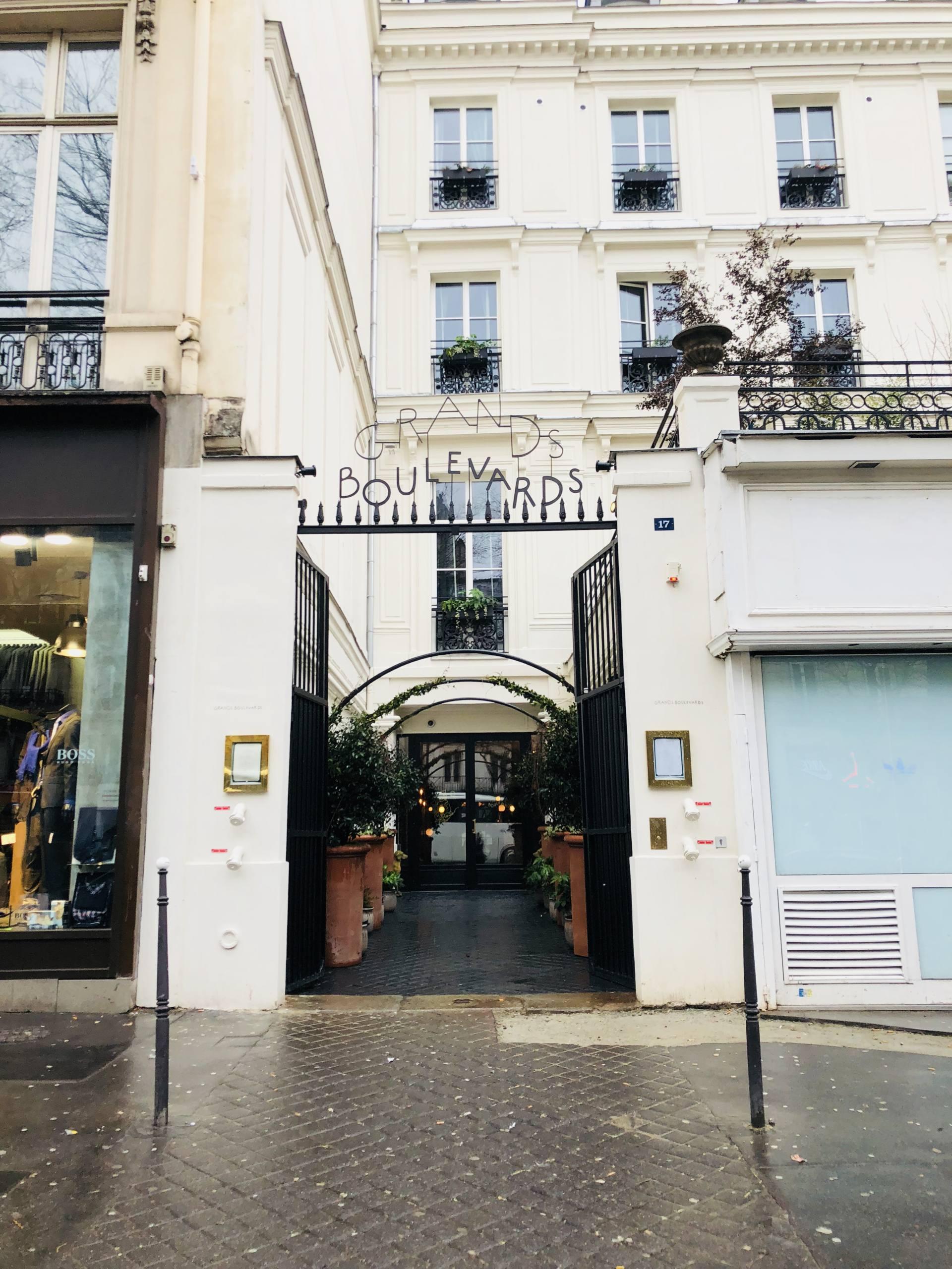 hôtel des grands boulevards paris