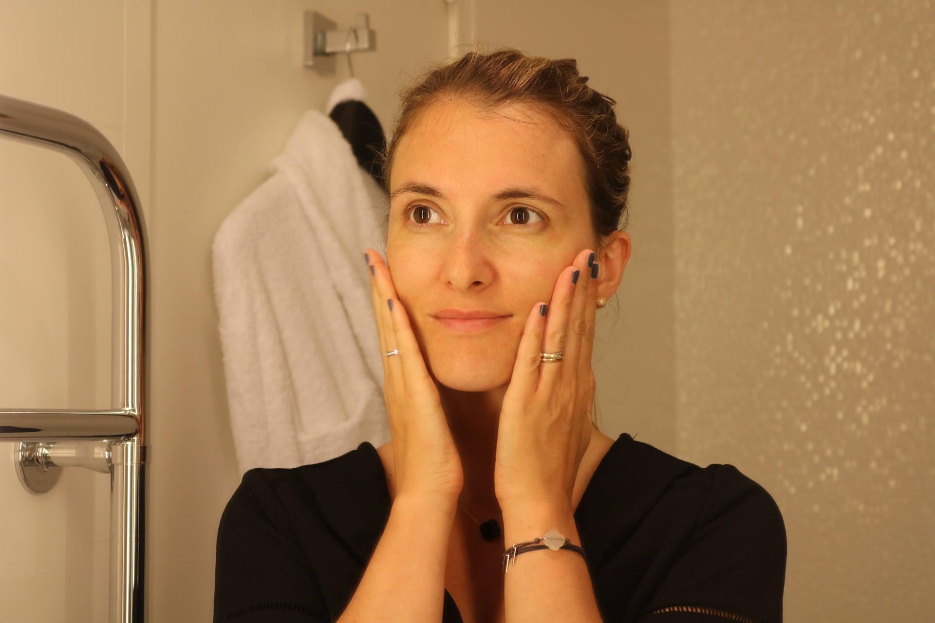 gommage visage Hello Body