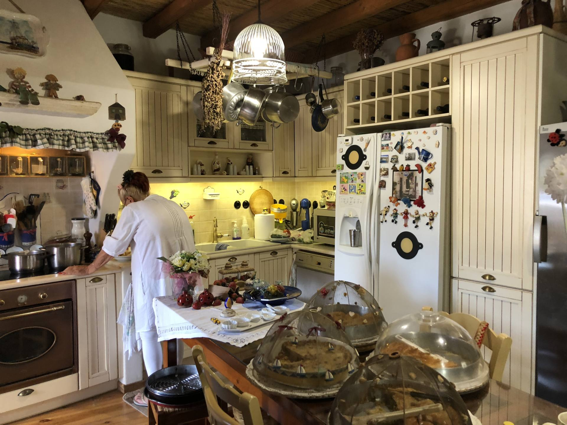sweet smelling kitchen lefkes Paros